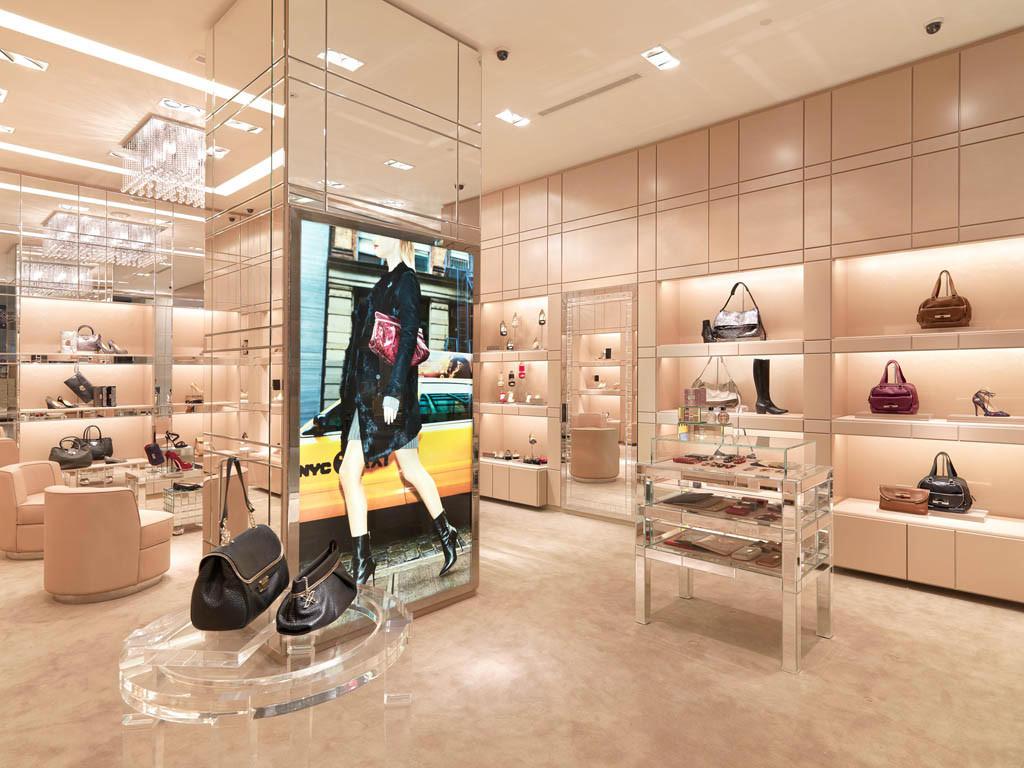 Jimmy Choo Store at Resorts World Sentosa, Singapore Kuala Lumpur selling Jimmy Choo shoes, bags and luxury women's accessories