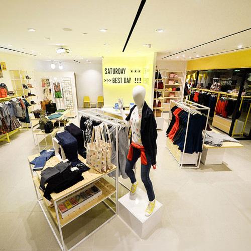 a785eb3e738 Kate Spade Saturday Celebrates Takashimaya Shopping Centre New Store Opening