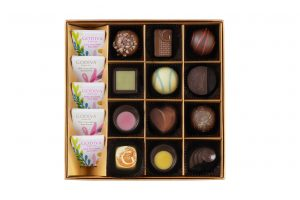 Summer Romance Chocolate Gift Box 17pcs. copy